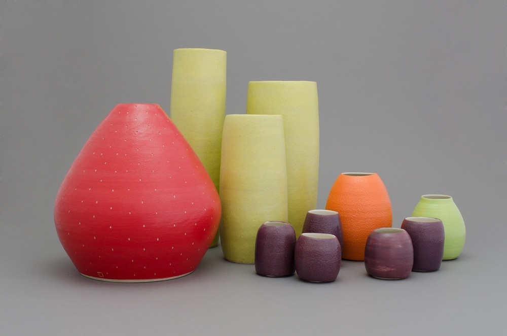Shio Kusaka (fruits 9) 2014 Porcelain and stoneware Dimensions variable SK433