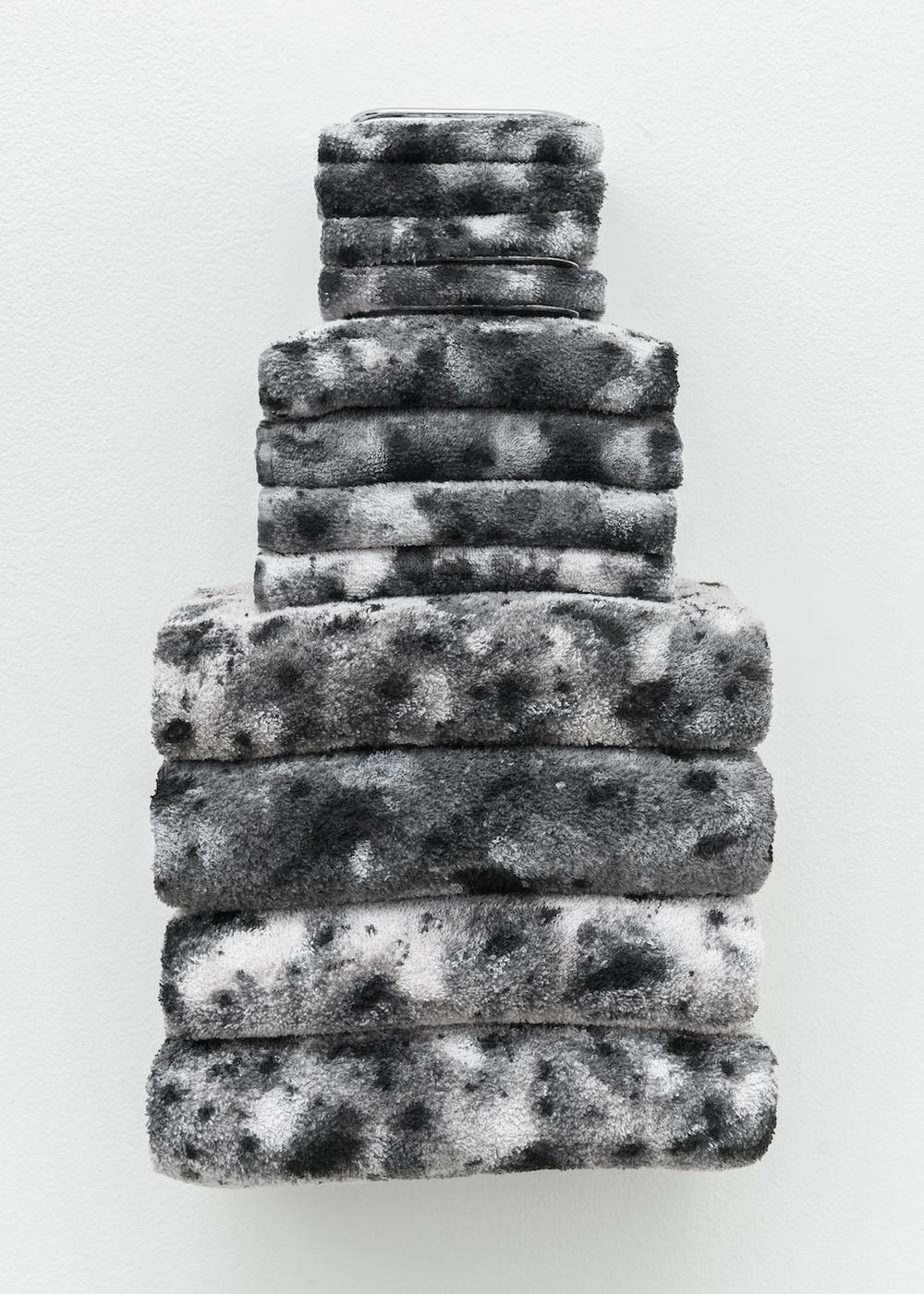 Amanda Ross-Ho  Untitled Textile Arrangement (TOWEL RACK #3)  2014 Chrome towel rack, acrylic and dye on washcloths, hand towels and bath towels 21h x 11 ½w x 7d in ARH104