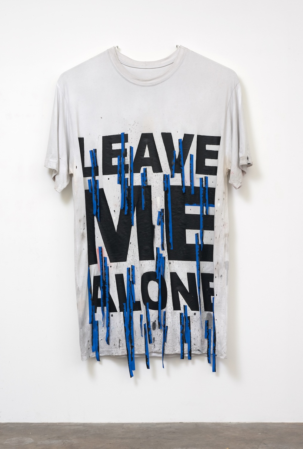 "Amanda Ross-Ho LEAVE ME ALONE (PRODUCTION STILL) 2014 Jersey, rib, thread, acrylic paint, screenprinted taffeta ribbon 79"" x 56"" ARH106"