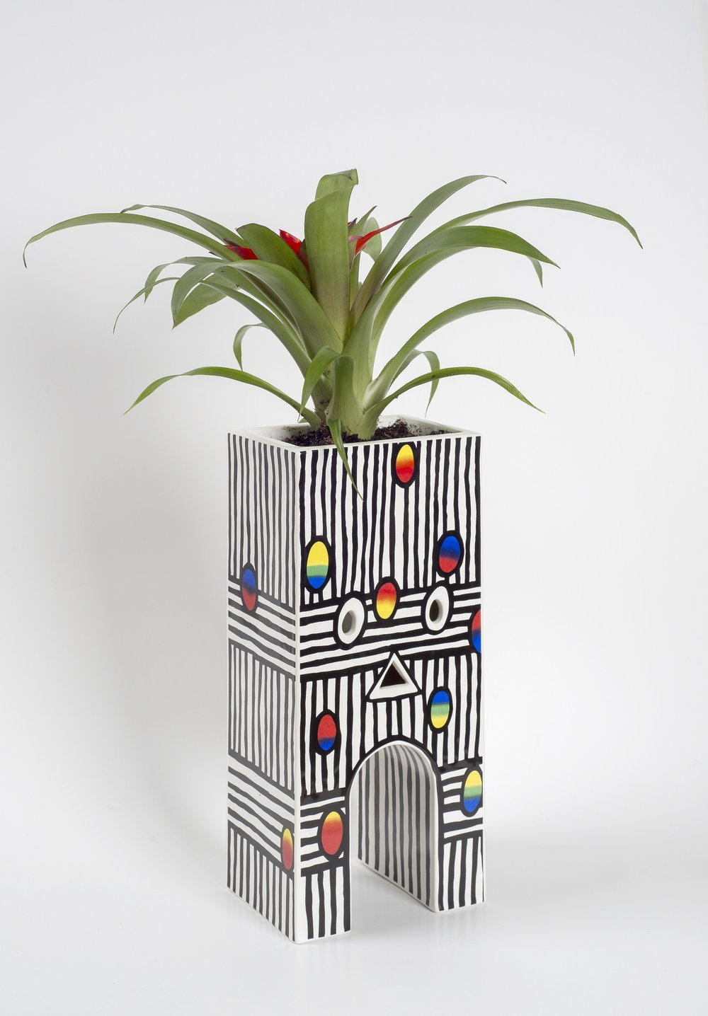 Joanne Tatham and Tom O'Sullivan  The Reiterative Grimace (planter)  2016 Ceramic cast 12h x 5 ½w x 3 ¾d in JTTO004