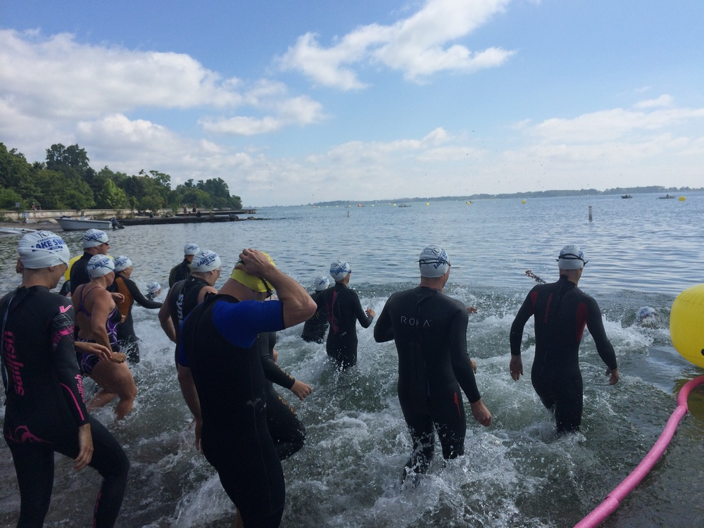 Swimmers getting a good start at the 2014 Toronto Island Lake Swim. (Photo via Lake Ontario Waterkeeper)