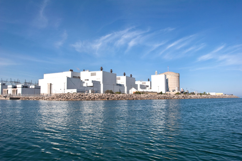 The Darlington Nuclear Generating Station on the shores of Lake Ontario. (Photo via Greenpeace Canada)