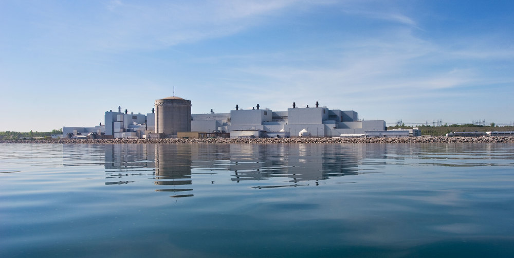 Darlington Nuclear Generation Station on Lake Ontario's shore. (Photo via Greenpeace Canada)