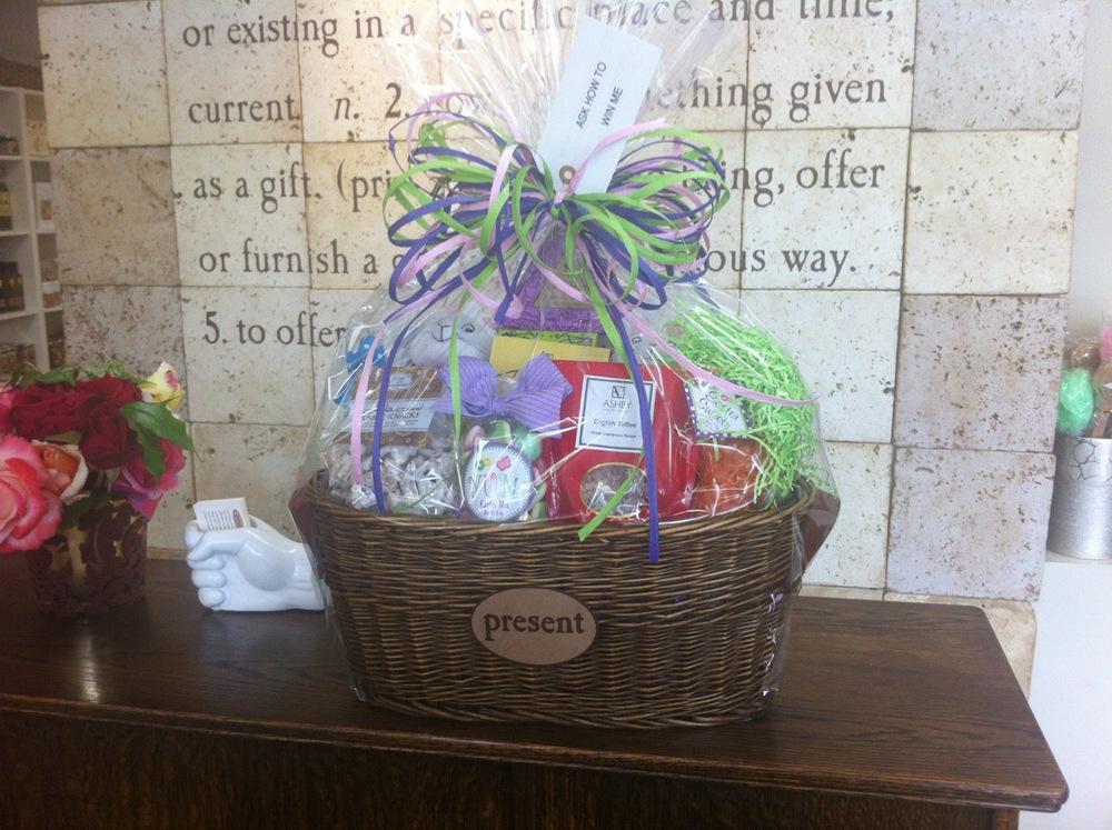 present-springtime-gift-basket