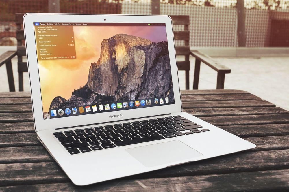 Apple's Mac OS X Yosemite 10.10.