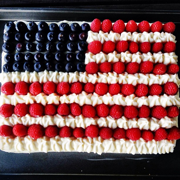Happy #fourthofjuly weekend from Musette!  #flagcake