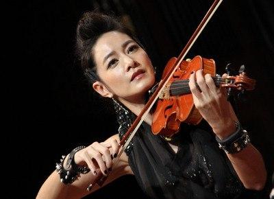 violin on stage.jpeg
