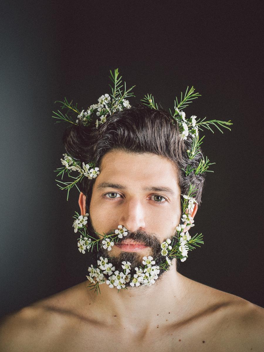 ritratto Trentino Alto Adige foto Andrea Giacomelli flower beard barba fiorita