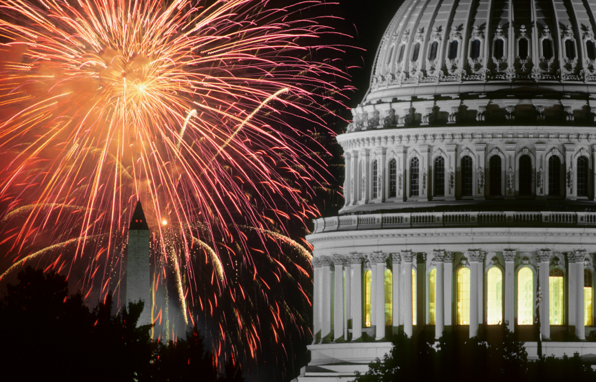 Tom Wachs used a 300mm lens from the roof of the Folger Shakespeare Library to include the Capitol Dome and the Washington Monument with the fireworks.