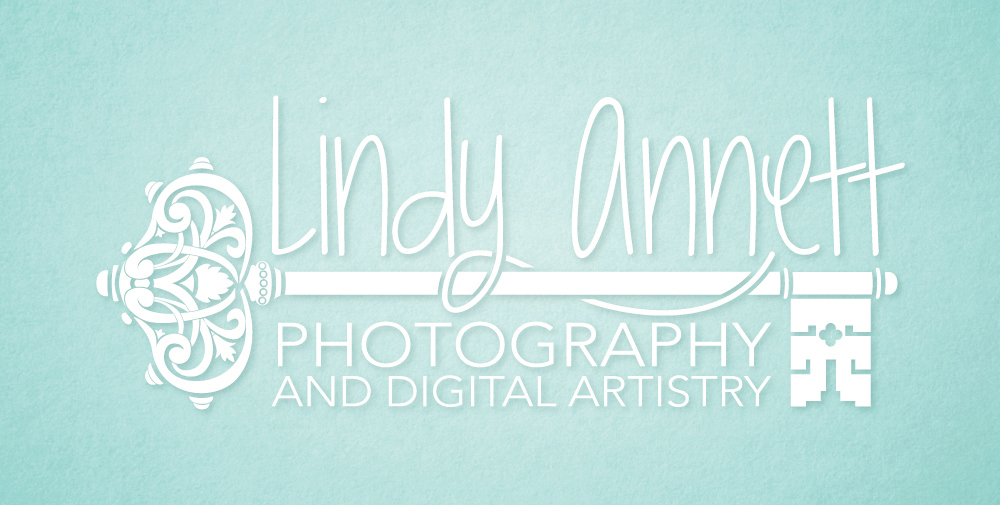 Lindy Annett | Logo Design by Corinne Jade