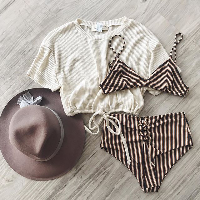 Beach please! Our new Venice Crop is essential for summer. Shown in cream. Also comes in black and yellow!