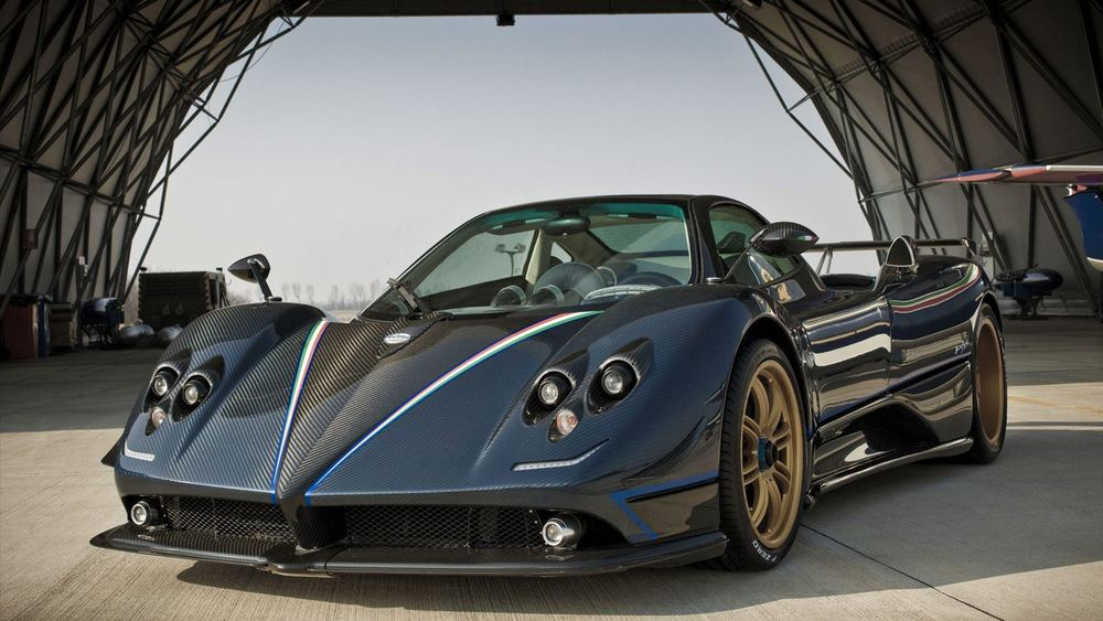 13435-pagani-zonda-tricolore-wallpaper-hd.jpg