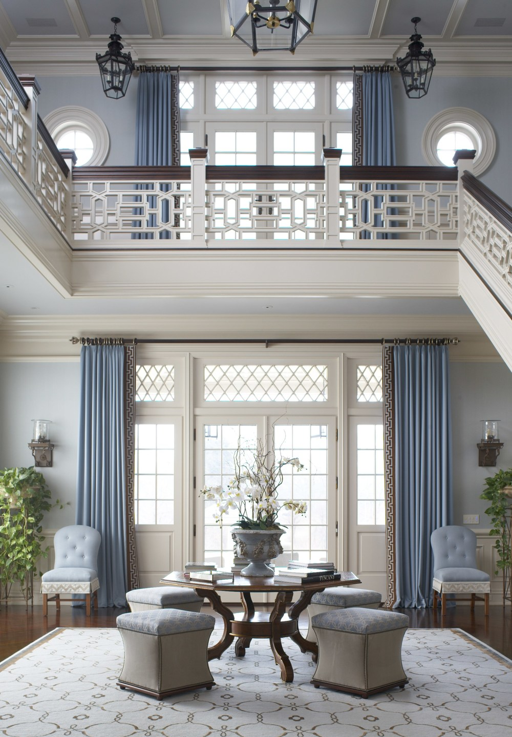 The entry with Chippendale entry railing was an inspiration point for Cindy Rinfret's design. Photo by Michael Partenio.