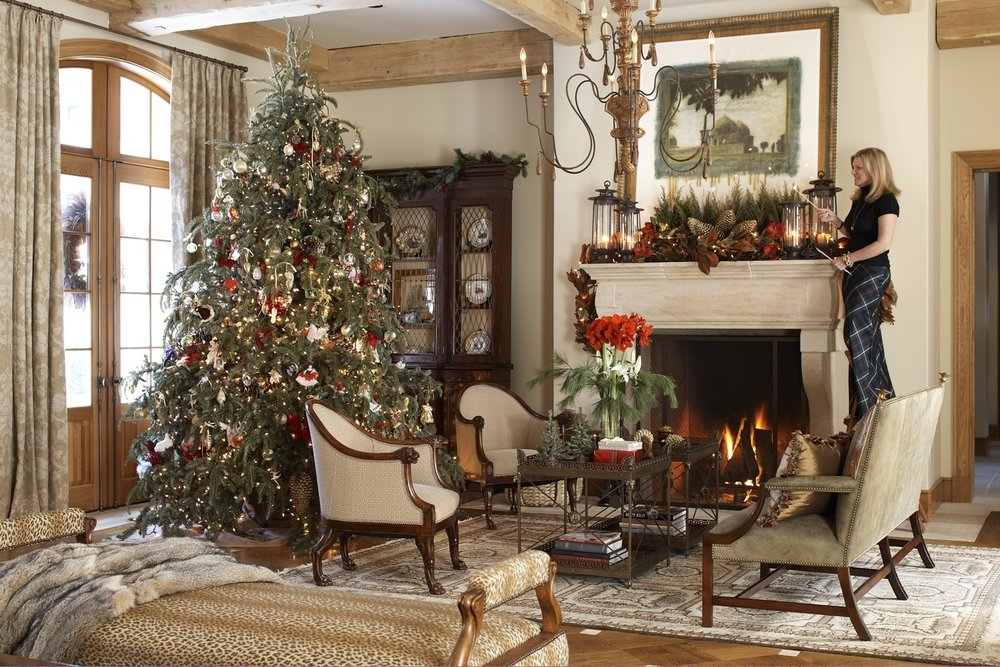 Cover Of Traditional Home And Her Shop Rinfret Garden Has Won Awards For Its Outstanding Holiday Decor Here Cindy Shares Tips Dressing