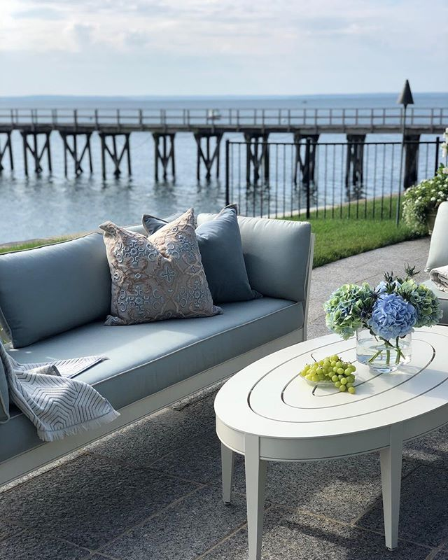 Not a bad day for a photo shoot 💙 #livingmybestlife #photoshoot #longislandsound #rinfretltd #cottagesandgardens #behindthescences