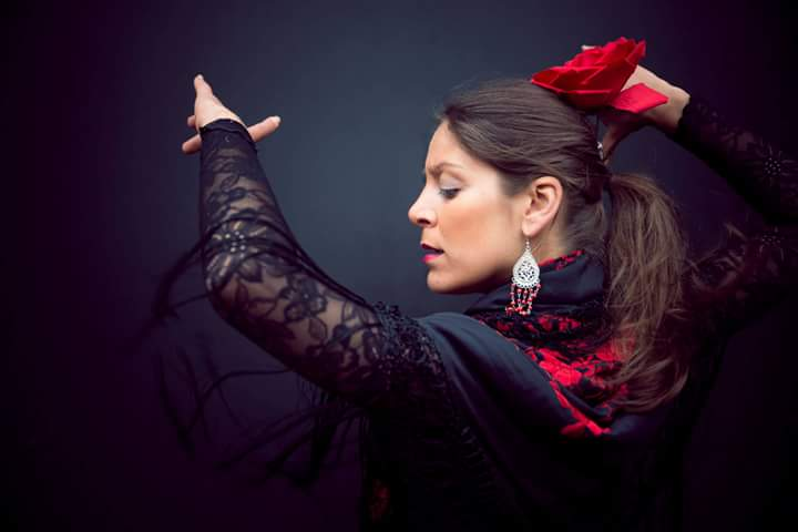Gabriele Pouso flamenco Biog photo.jpg