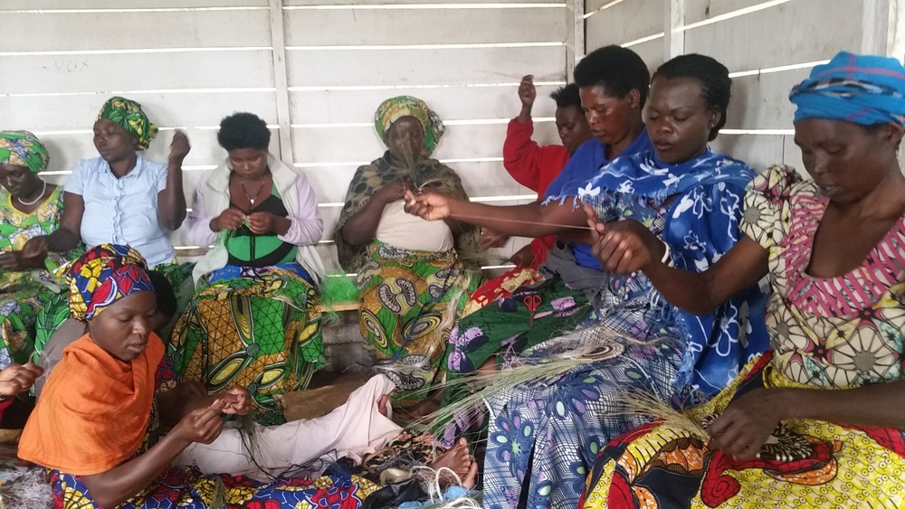 Basket weavers at the Kayonza cooperative