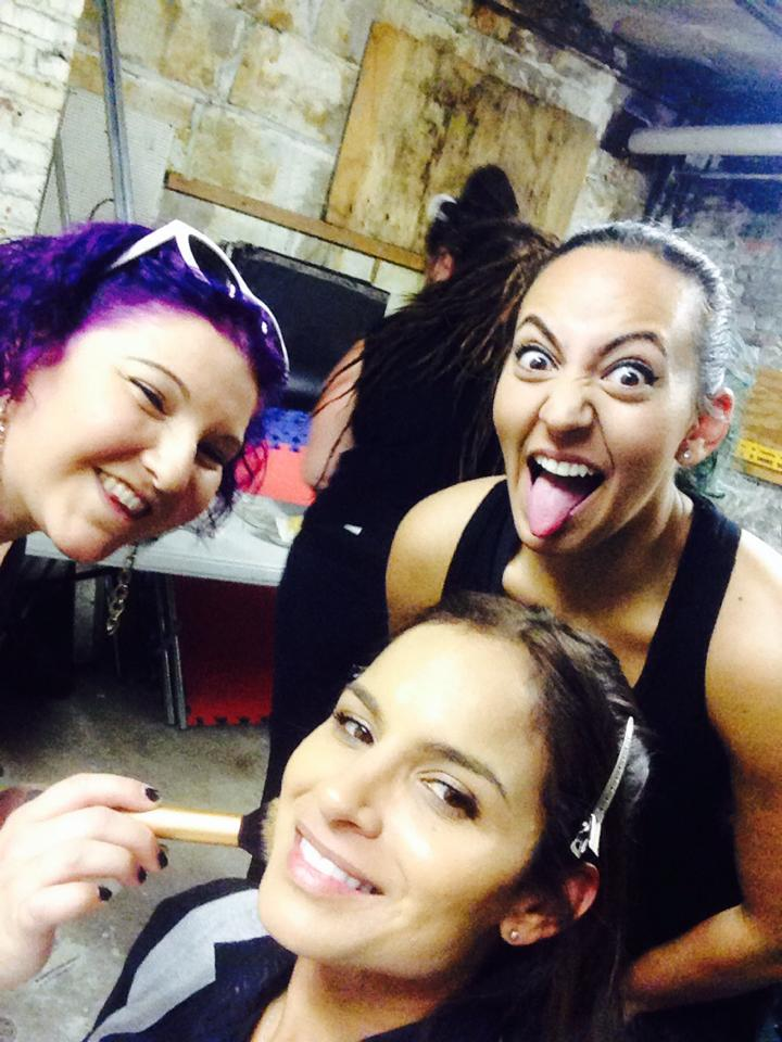 Hada Vanessa Underground Cops Backstage 02.jpg