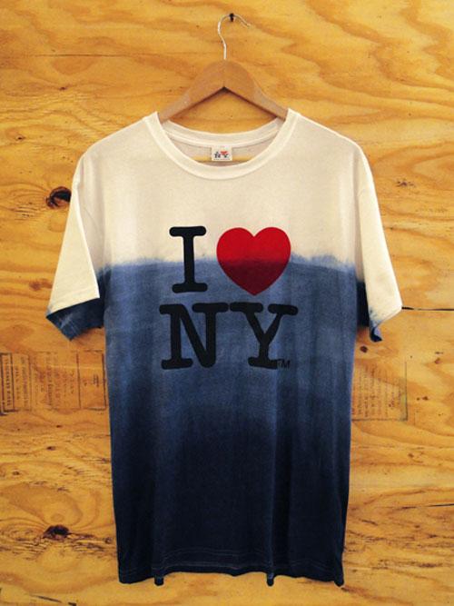 theclassyissue :     Still Love NY, Hurricane Sandy relief tee by Sebastian Erazurizi