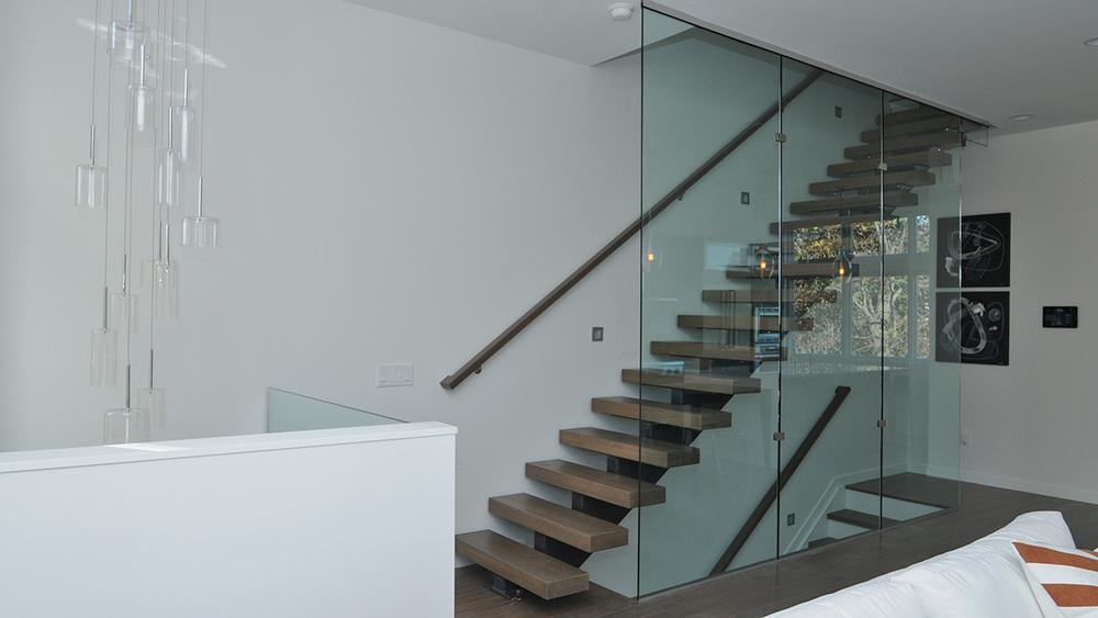 stairs unit23.JPG
