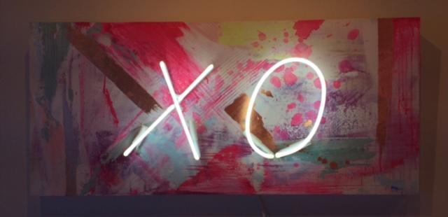 XO-lit.jpg