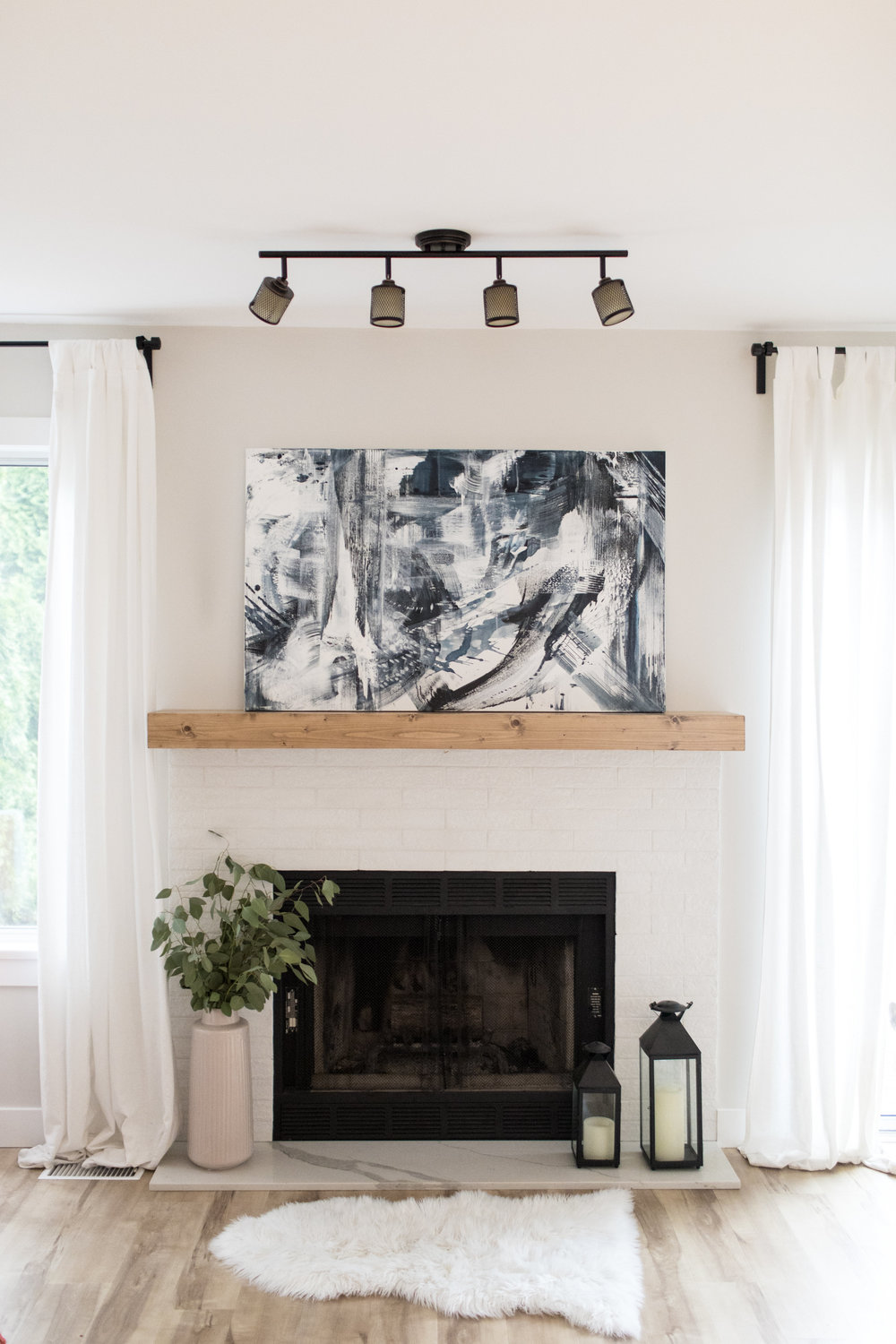 Dana-Mooney-Vancouver-Artist-Clashing-Waves-Styled-Fireplace.jpg
