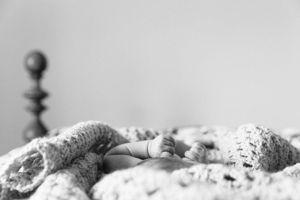 KellySwedaPhotography.Merritt_newborn_web-2789.jpg