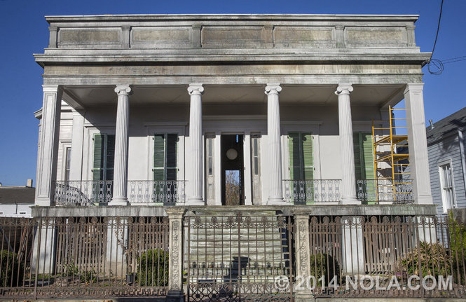 PHOTO CREDIT: The Lower Garden District Greek Revival home in New Orleans used in  12 Years a Slave  belongs to owner Banks McClintock. Photo is from  here  .