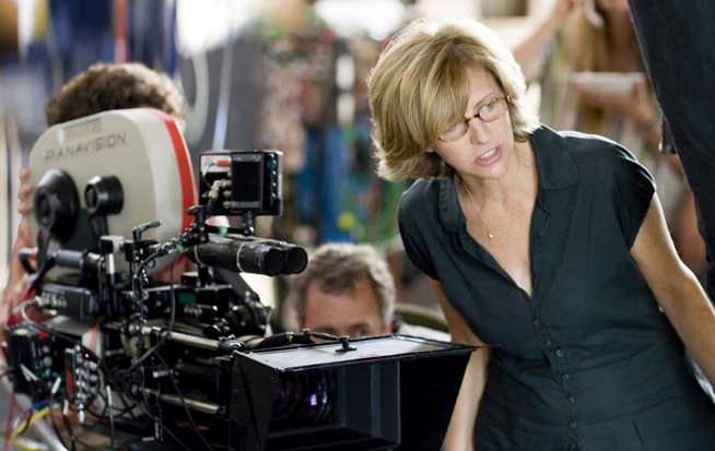 PHOTO CREDIT:  Above photo of Nancy Meyers hard at work on The Holiday is from  outnow.ch .