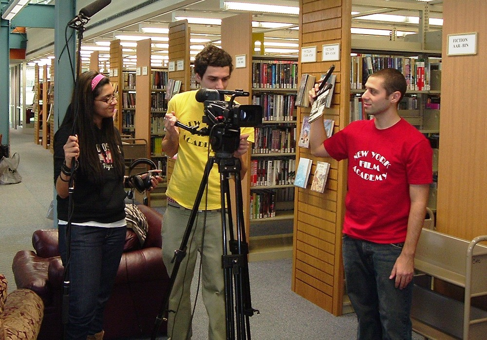 Student film in progress - the New York Film Academy - image via  Google .
