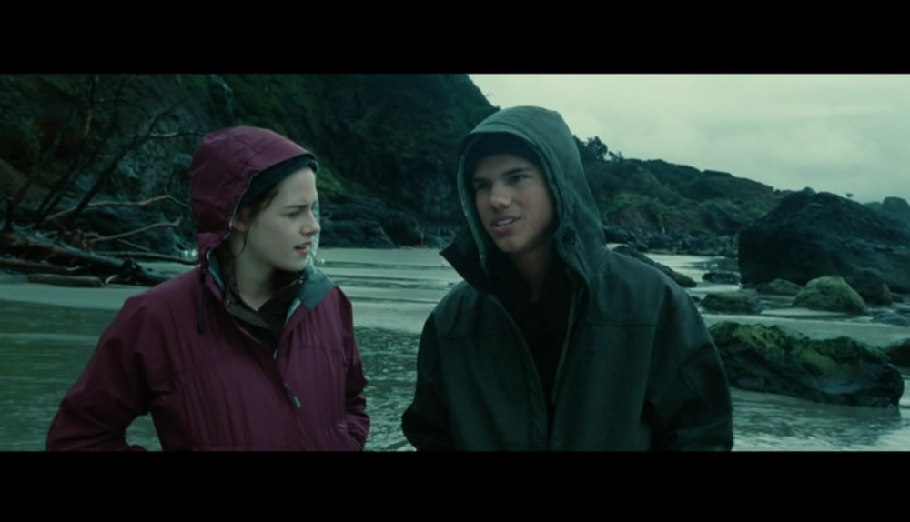 Screenshot from  Twilight  of a scene filmed at Indian Beach - when Jacob tells Bella the myth surrounding The Cullens.