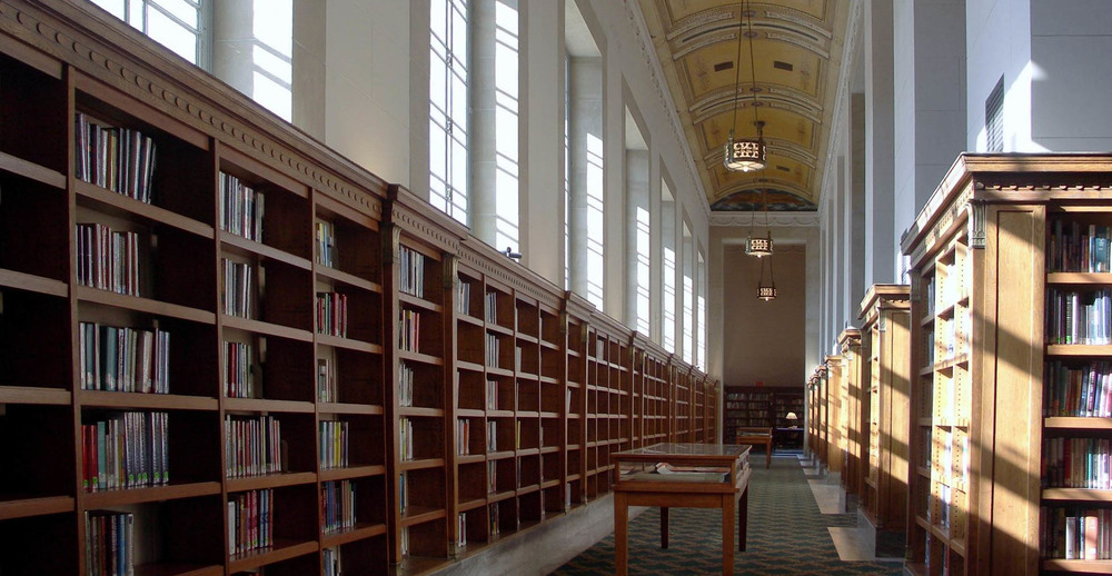 One of the reading rooms at the Central Library - image via LocationsHub.com.