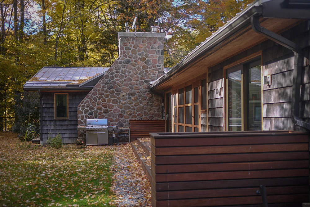 Featured Location Schomberg Modern Bungalow In Forest
