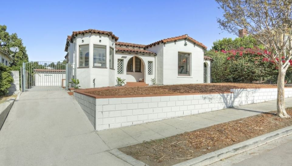 Featured Location Spanish Bungalow In L A Locationshub