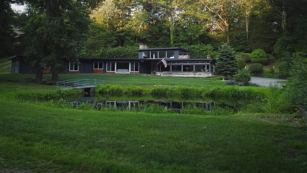 midcenturyhome-ct-2.jpg