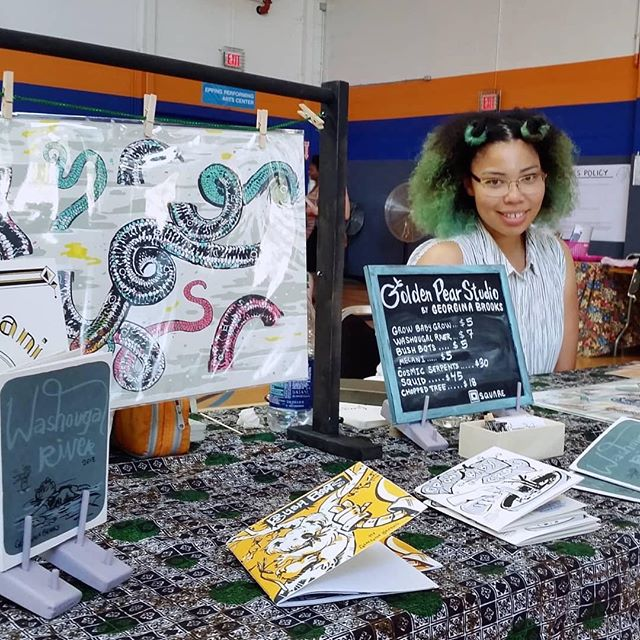 Got to the 2nd day of the Portland Zine Symposium to catch Seizure Palace's very own GG slinging her wares!!! We are so proud ❣️ #Repost @agoldenpear ・・・ Yesterday I was at PZS for the first time. So glad a lot of folks enjoyed my books and art. I was feeling all the love from @seizurepalace for bringing me food while I was tabling! ❤️ #pzs2018 #saturday #ubedrinks