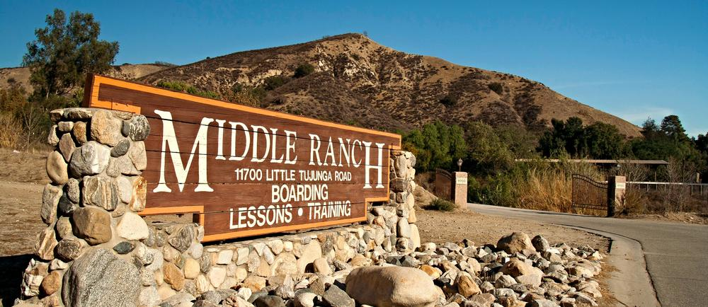 About middle ranch lodge for 12651 little tujunga canyon lake view terrace ca 91342