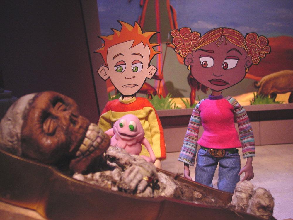 sets-kira,j,mummy,wad-in-museum.jpg