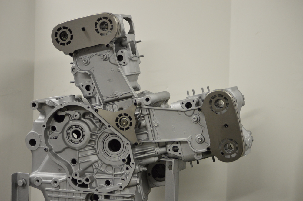 Ducati_4V_Titanium_Belt_Cover_1