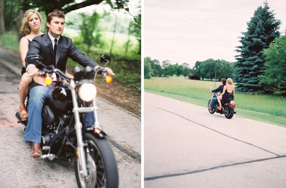 kateweinsteinphoto_motorcycle_engagement_rachel_dave_wisconsin_56.jpg