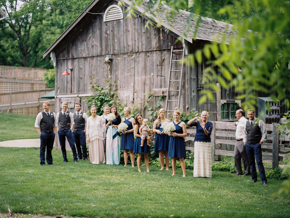 kateweinsteinphoto_farm_at_dover_milwaukee_wedding143.jpg