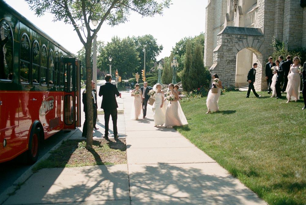 kateweinsteinphoto_milwaukee_pfister_hotel_wedding-135.jpg