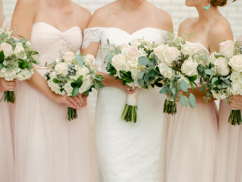 kateweinsteinphoto_milwaukee_pfister_hotel_wedding-139.jpg
