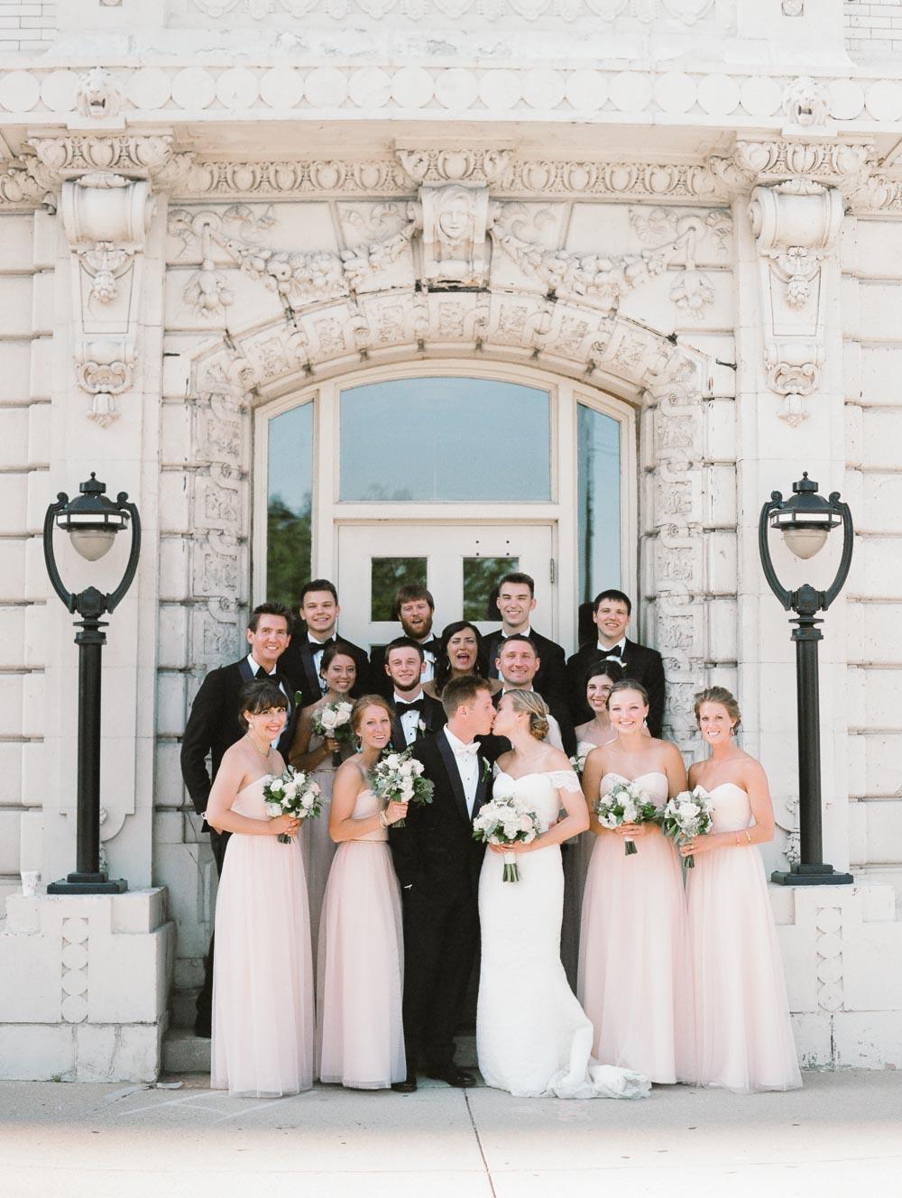 kateweinsteinphoto_milwaukee_pfister_hotel_wedding-144.jpg