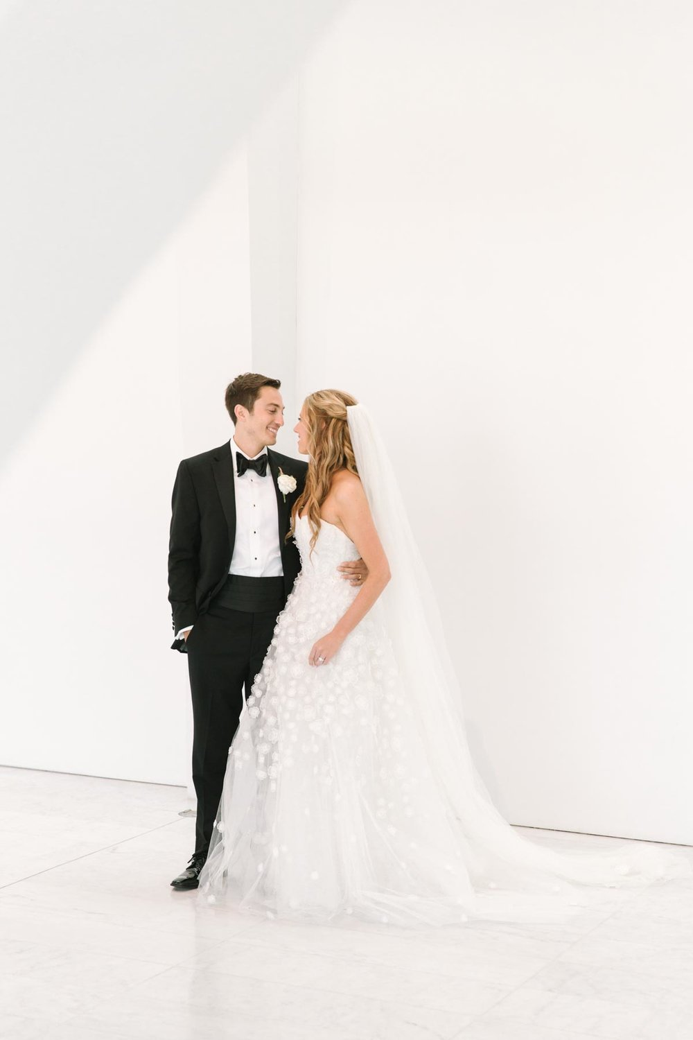 kateweinsteinphoto_milwaukee_art_museum_wedding-149.jpg