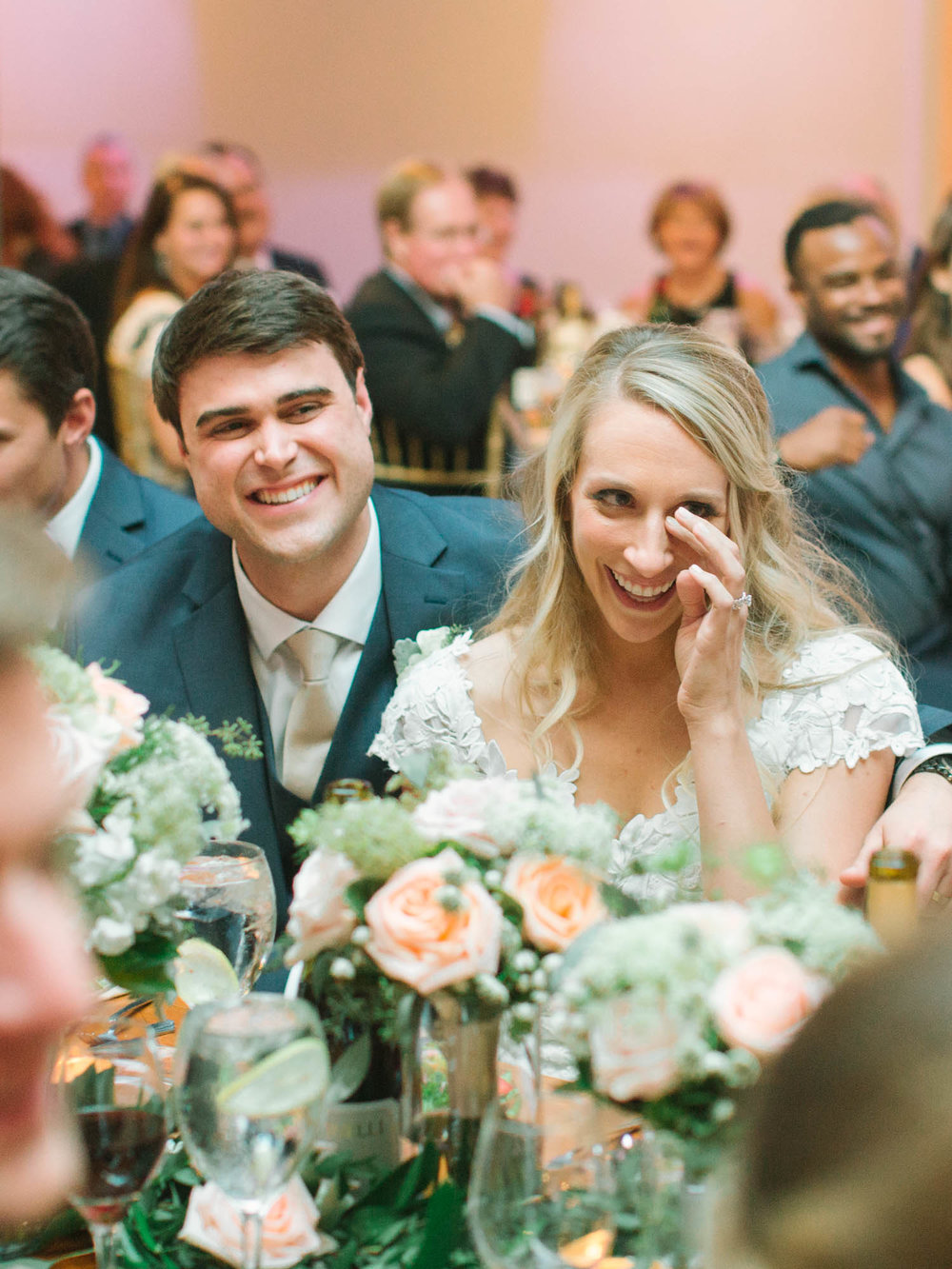 kateweinsteinphoto_kimpton_milwaukee_the_atrium_wedding-231.jpg
