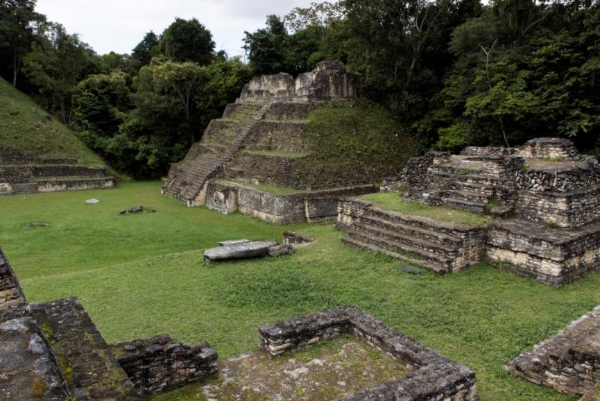 mayan ruins2.jpg