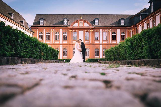 Just married  #wedding #weddingphotography #fujifilm #xpro2 #gettingmarried #gettingready #bride #groom #cologne #photographer #fuji #fujix100t #köln #bergischgladbach #hochzeitsfotograf #hochzeit2016 #hochzeitspaar #hochzeit #abteibrauweiler
