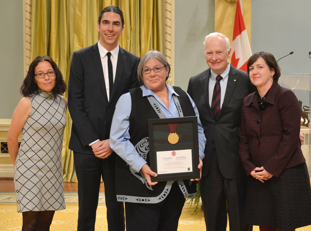 Viviane Gosselin, Jordan Wilson, Leona Sparrow, and Susan Roy Excepting the award from His Excellency the Right Honourable David Johnston (4th from left), Governor General of Canada