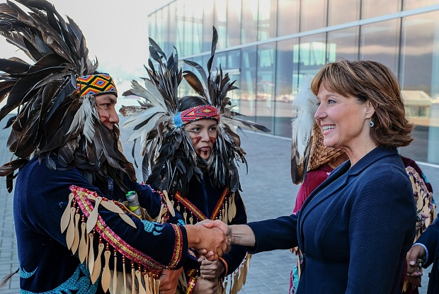 PREMIER CHRISTY CLARK MEETS WITH FIRST NATIONS REPRESENTATIVES IMAGE: THE ART NEWSPAPER